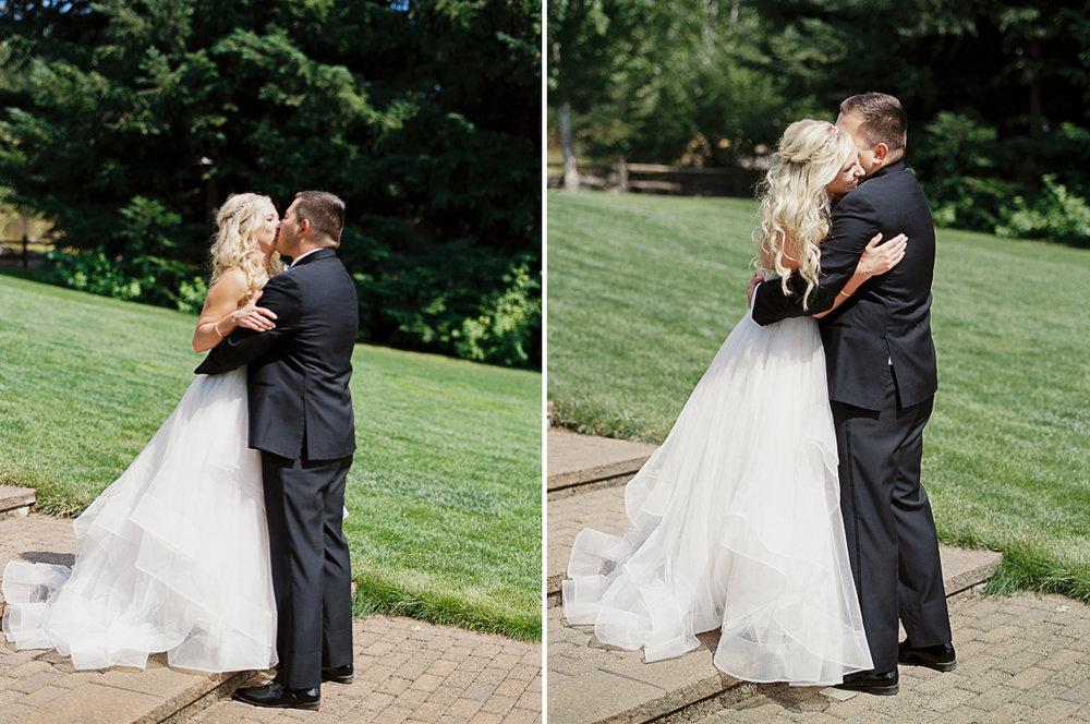 gorge-crest-hood-river-wedding-2.jpg