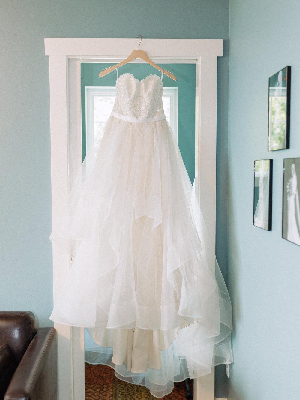 Kristina-Tyler-Wedding-Getting-Ready-6.jpg