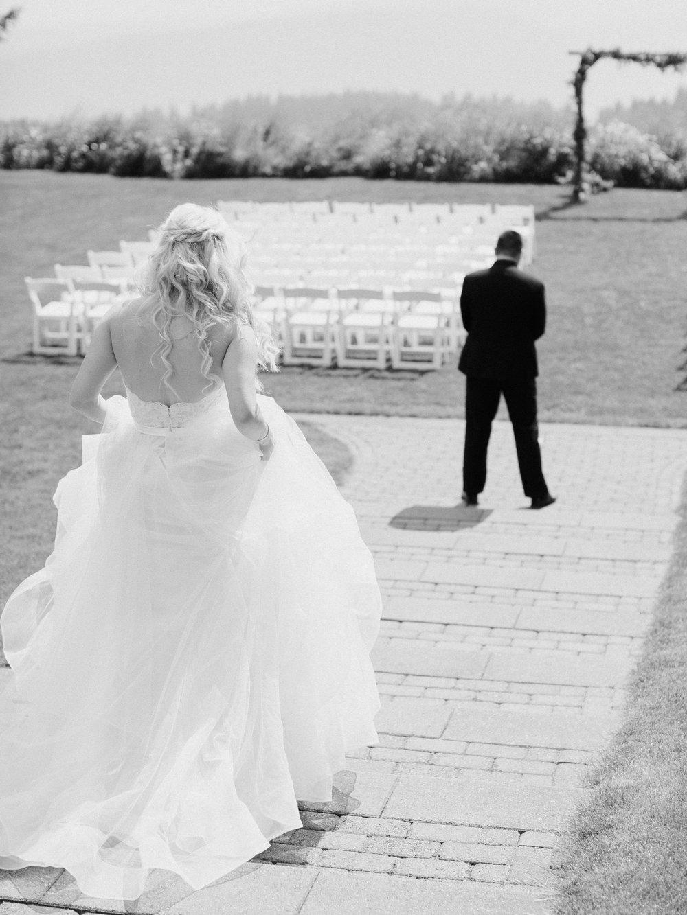 Kristina-Tyler-Wedding-First-Look-7.jpg