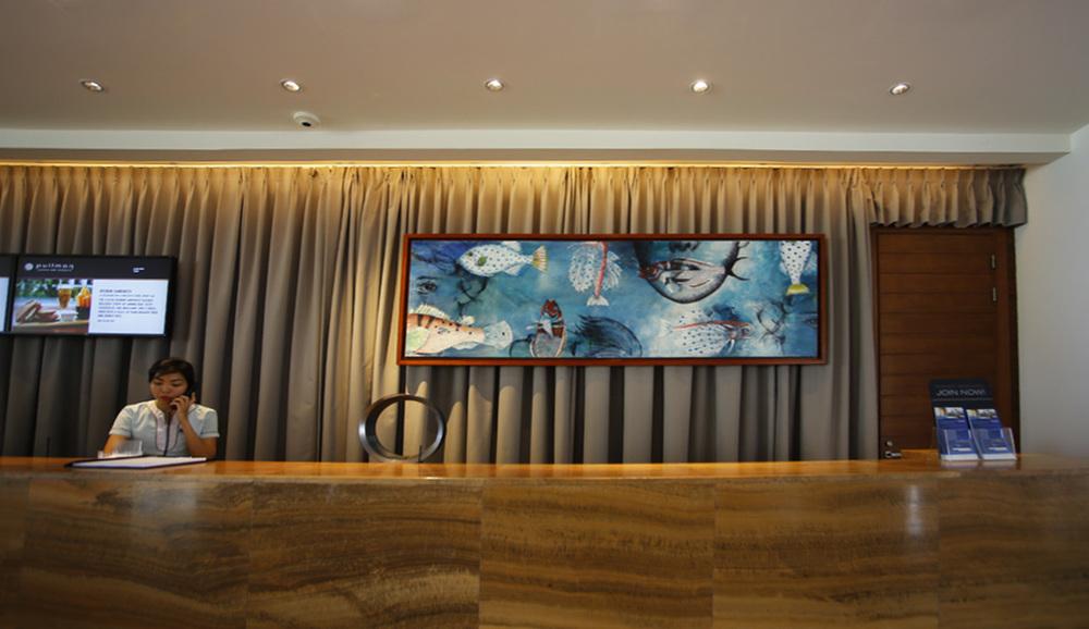 lobby fish.jpg