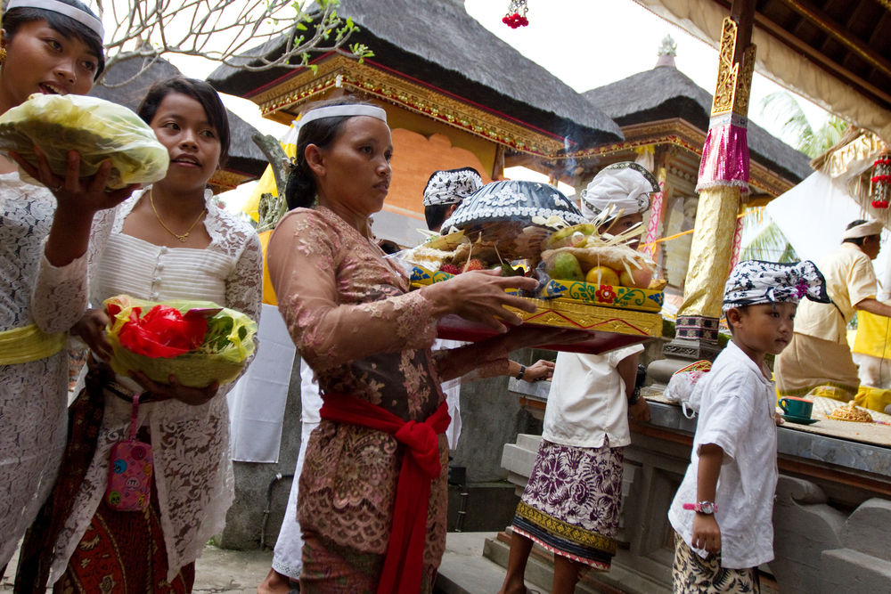 visit-a-balinese-home-ceremony