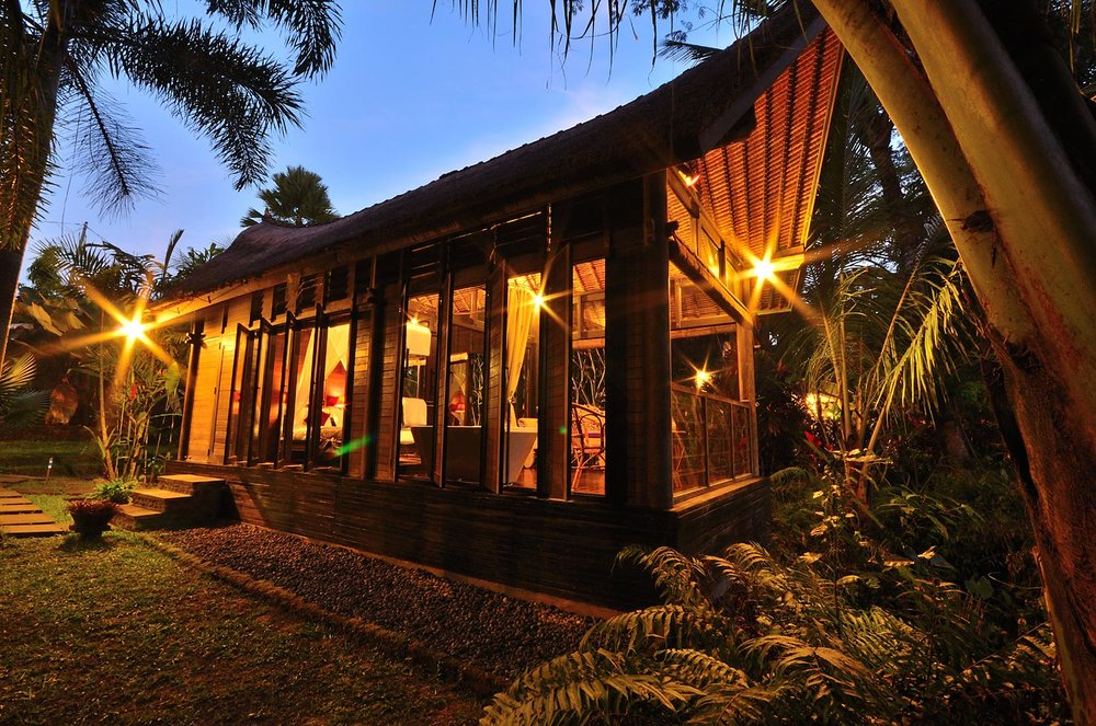 The Kingfisher: the second bedroom bale, on the edge of a jungle gorge |  Explore