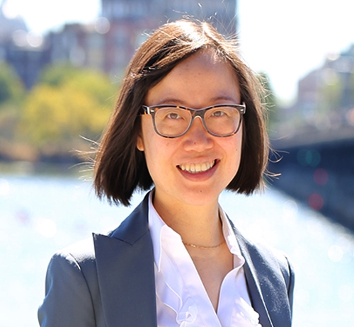 Xian Zhang    MBA Student in Boston University