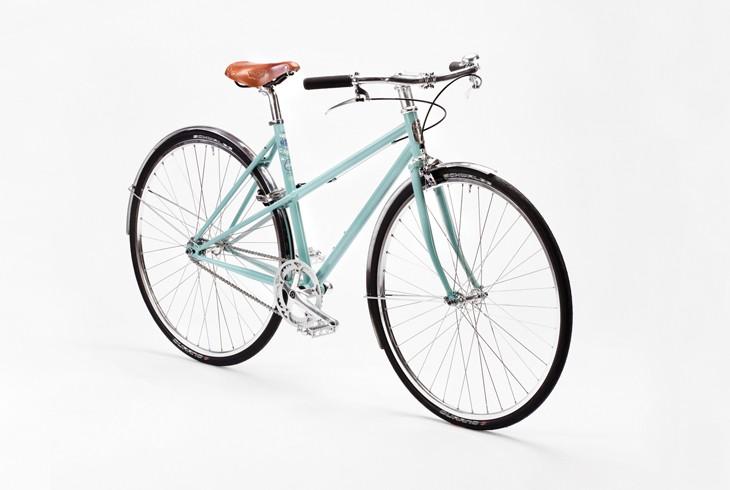 Pelago Capri   Capri on kevyt urbaani kaupunkipyörä, joka sopii myös aktiivipyöräilyyn.Capria on saatavana kahdessa eri runkokoossa.