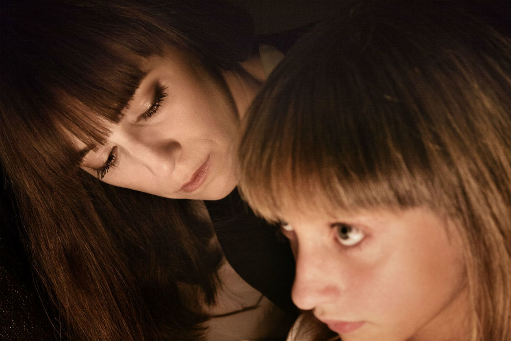 Incompresa  (2014): Charlotte Gainsbourg and Giulia Salerno.