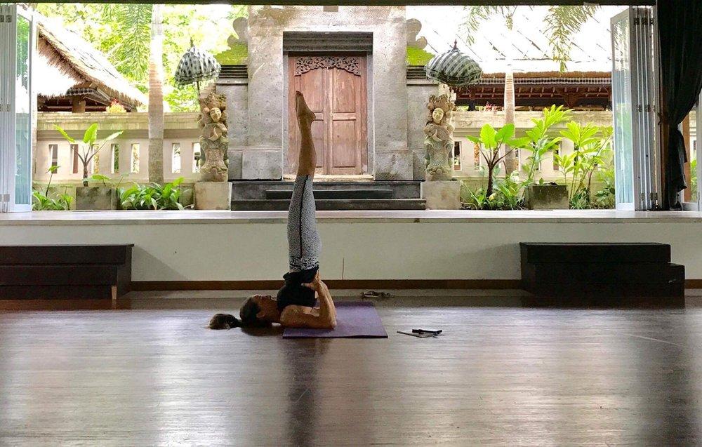 Me Bali shoulderstand.jpg