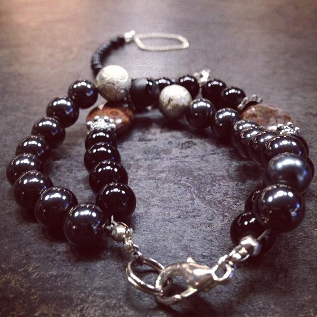 Buy Shadow on www.charmedfeathers.com #charmedfeathers #onyx #beadedbracelets #black #handchain #armcandy #accessoryoftheday