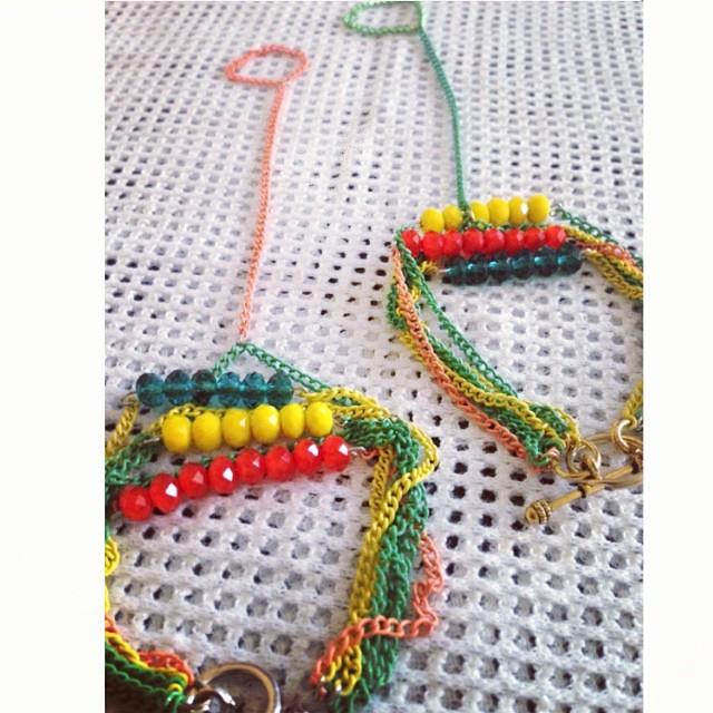Mardi Gras. Buy now on www.charmedfeathers.com #charmedfeathers #instajewelry #instafashion #mywork #accessories #colorful #musthave #armswag #shop #mardigras #jewelryaddict #caribean #island
