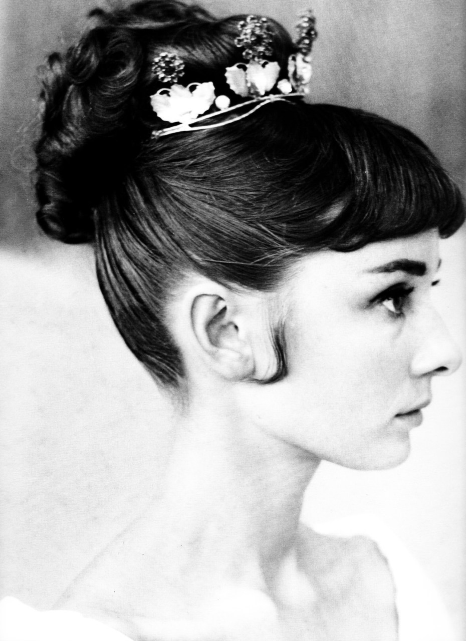 theniftyfifties: Audrey Hepburn hair test for 'War and Peace', 1955.