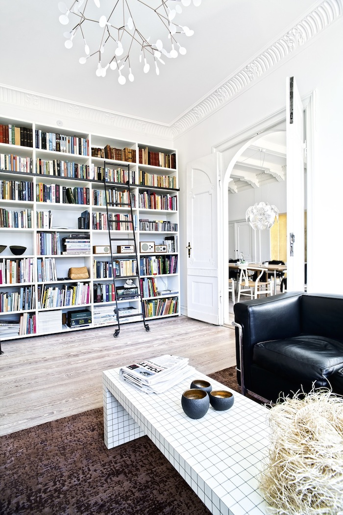 Love this bookcase!!!