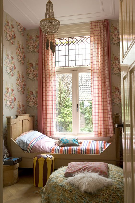45 Inspiring Little Girls's Rooms - Whitney Donáe