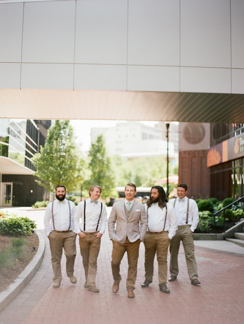 grandrapids-michigan-wedding-photographer-17