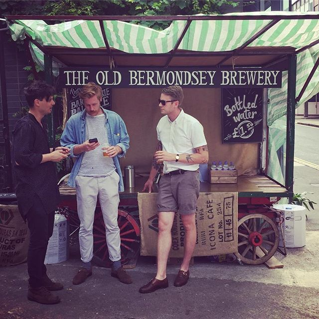 #tbt Exploring South London food & beer scene at the Bermondsey Beer Mile. Loved the malty Pale Ale the guys at Old Bermondsey Brewery are producing #drinklocal #london #bermondsey #craftbeer #vacation
