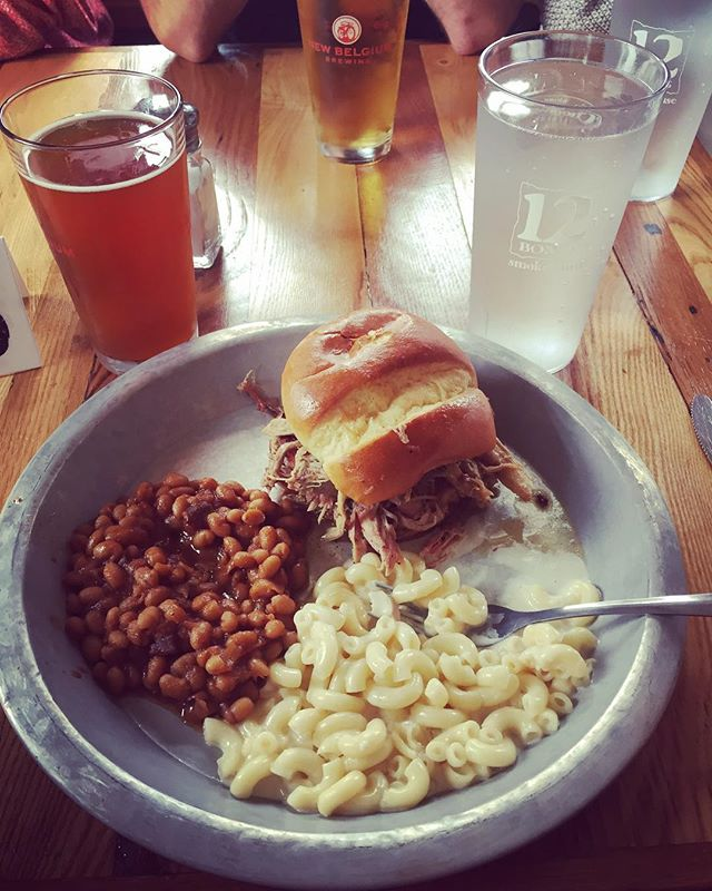 Snuck in some last minute BBQ & biers before hopping on an earlier flight home to avoid Irma. 12 Bones pulled pork sando washed down w/ a malty, well-balanced Wedge IPA surrounded by amazing friends was the perfect end to an idyllic NC wedding weekend. #bbq #wedding #hurricaneirma #pulledpork #drinklocal #craftbeer #ipa #appalachianmountains #asheville