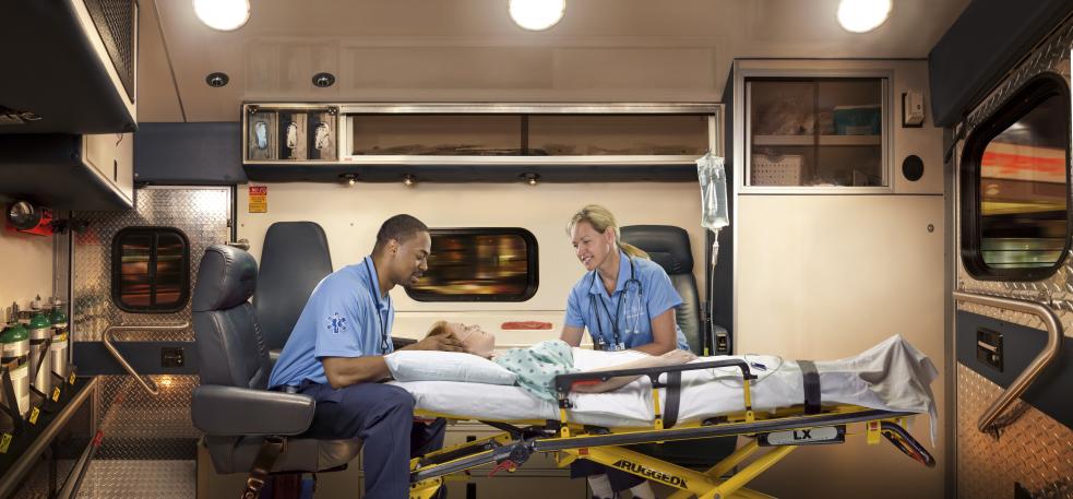 AmbulancefrLeft_1000p72.jpg