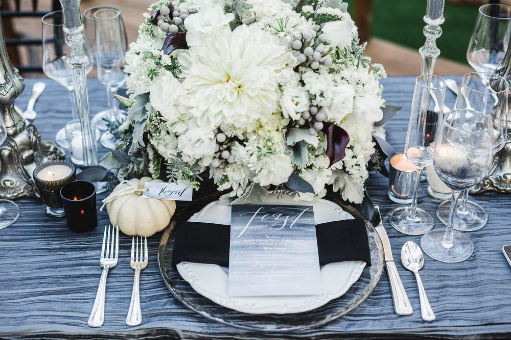 halloween wedding tablescape