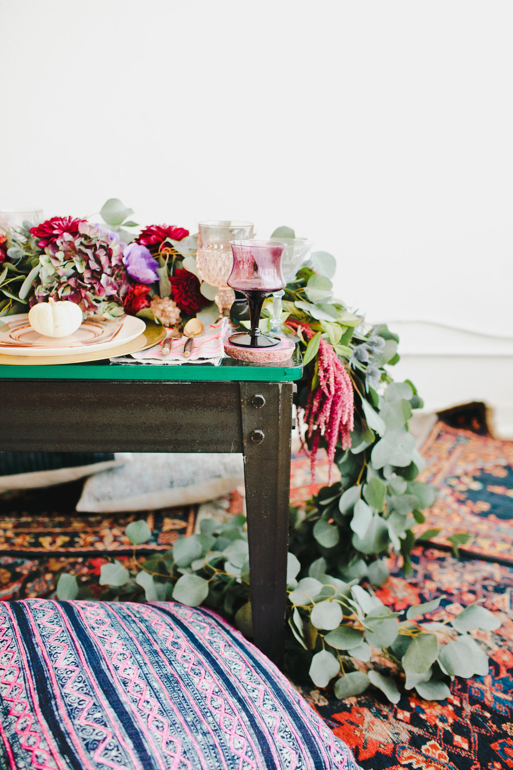 Bohemian Thanksgiving table
