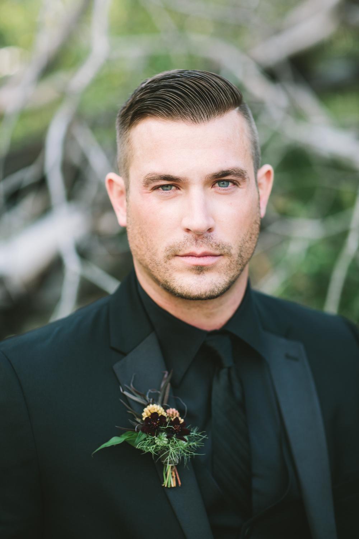 Autumn groom attire