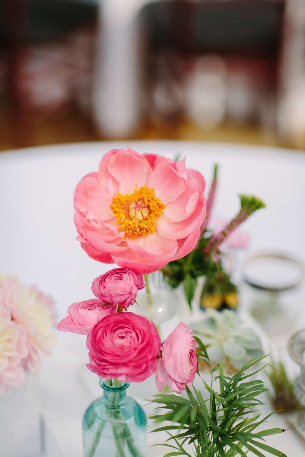 Pink peony table styling
