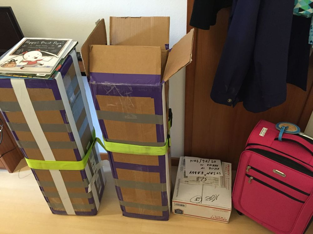 Boxes & bags arrive safely in Bologna