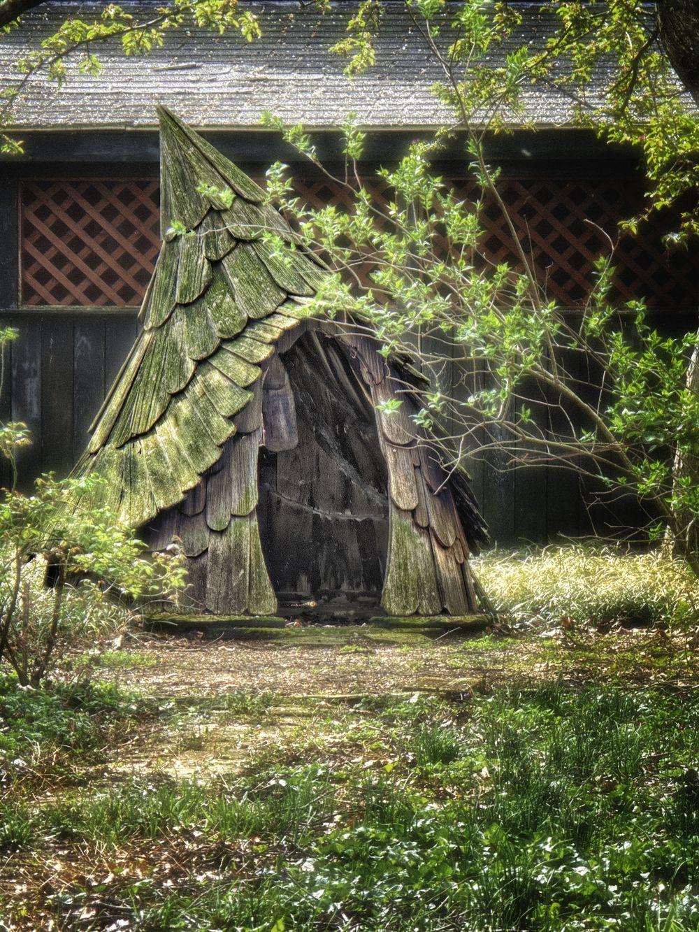 elfhouse.jpg