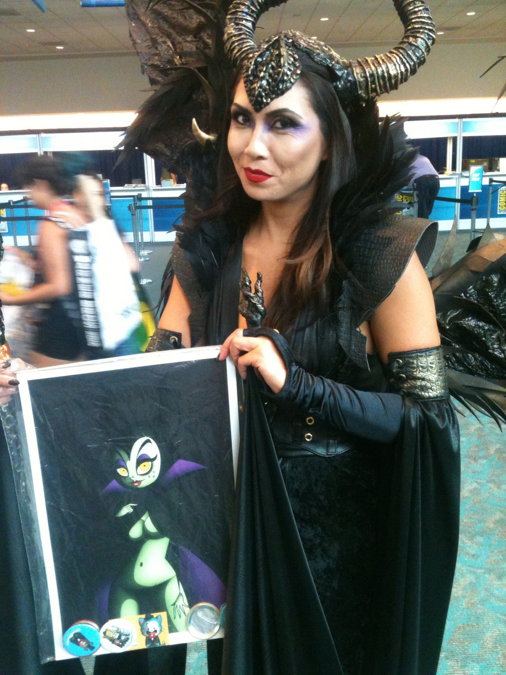 A very sweet Maleficent got one of my manifestó prints...love her :)