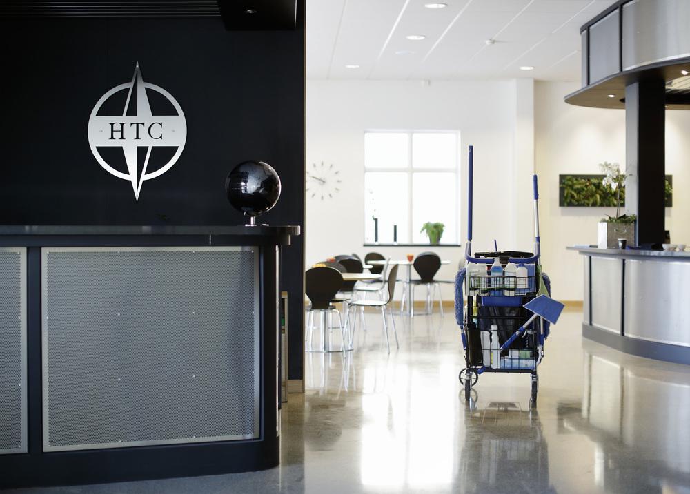 Varje månad får ca 500 företag sina lokaler nystädade av oss på Städarna! Vi har allt ifrån det lilla enmanskontoret till den stora fabriken så som HTC Sweden.