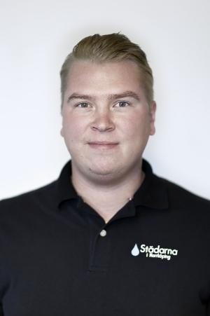 Joel Dahlberg Försäljningschef -Städarna Sverige AB 011-12 22 78 joel@stadarna.se Städarna Sverige AB Stohagsgatan 14 60228 Norrköping Arbetat på Städarna sedan: 2011