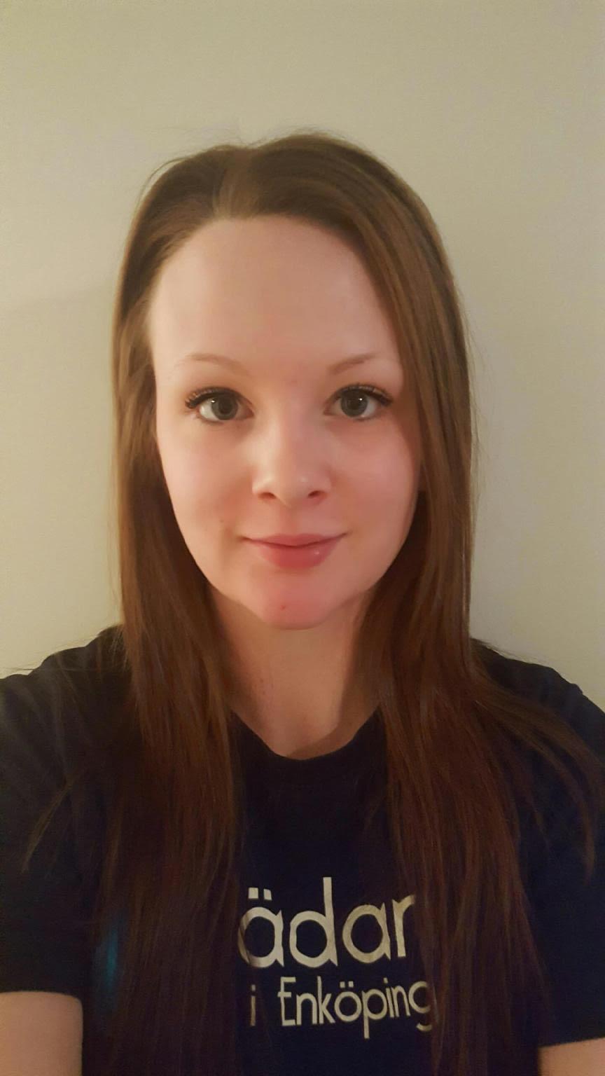 Madeleine Källander Arbetsledare Enköping 0171-210 10 madeleine@stadarna.se Städarna i Enköping Ågatan 15 B 745 35 Enköping Arbetat på Städarna sedan: 2016