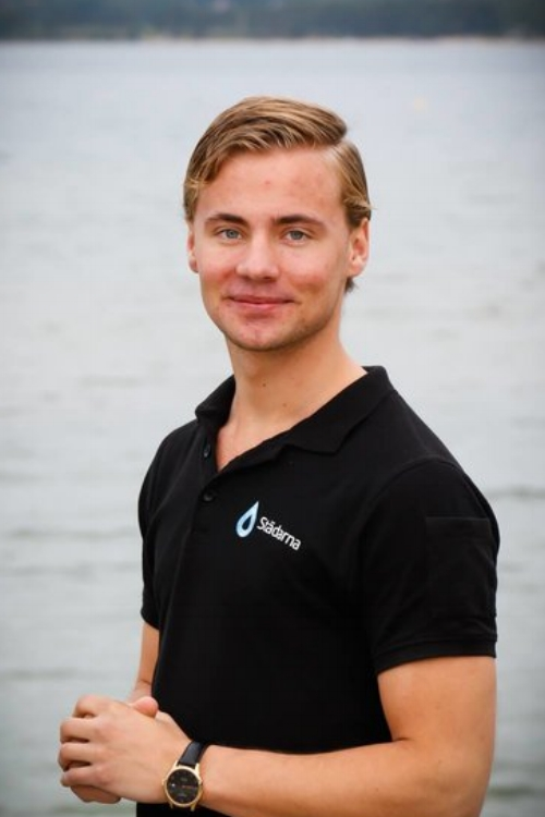 Filip Printzell  VD, delägare  0141-54600  filip@stadarna.se   Städarna i Motala AB Drottningatan 50 591 37 Motala  På Städarna sedan 2016