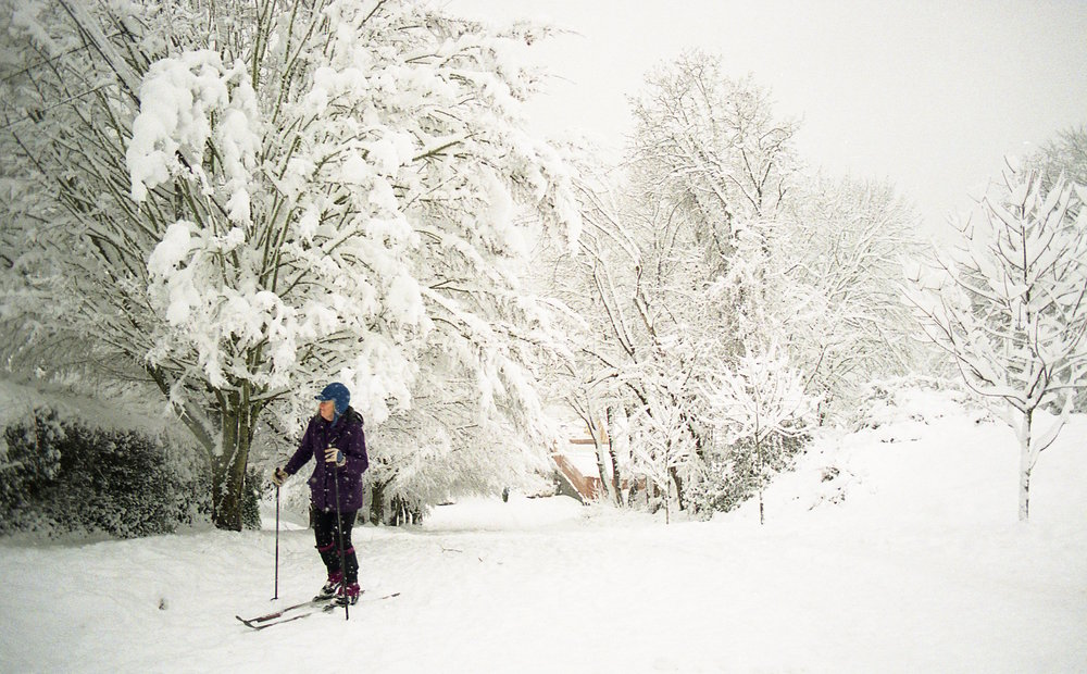 Portland snow, cross country skiing in the road, pdx, snow