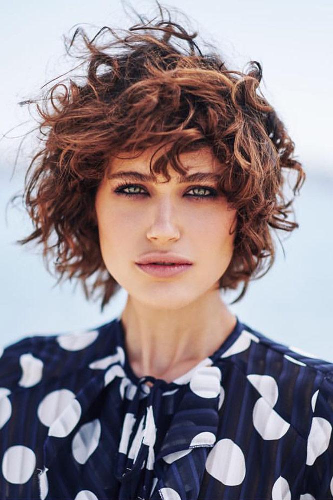 Photo: Dennis Rethers Hair & Make-Up:Andrea England Styling: Julia Albracht