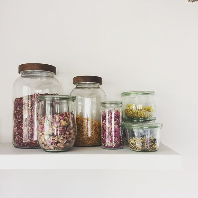 pantry envy. thank you @amychaplin and @jacquiandalfie  for a lovely weekend!