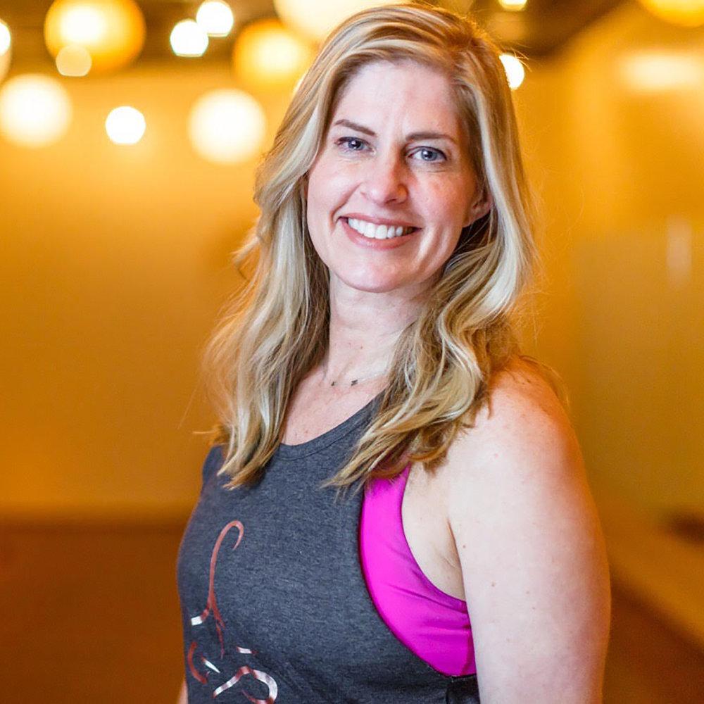 Kelli Gabat | instructor