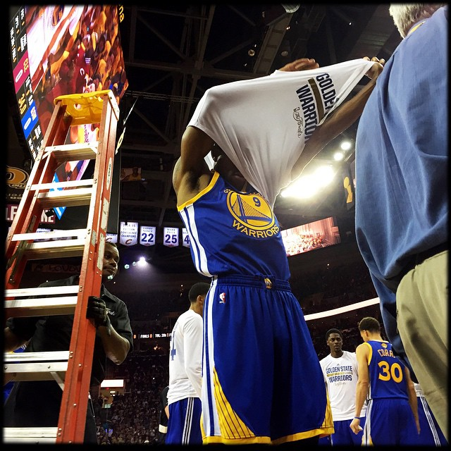 Down 2 games to 1, Golden State Warriors' Andre Iguodala was inserted into the starting line up. 3 games later, the Warriors were champs and Iguodala was Finals' MVP. Photo by @scottstrazzante #icausebeautiful #GoldenStateWarriors #dubnation #NBAFinals #Cleveland