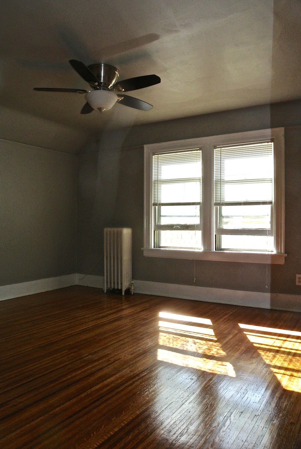 37 Thayer St - #3 - Bedroom.jpg