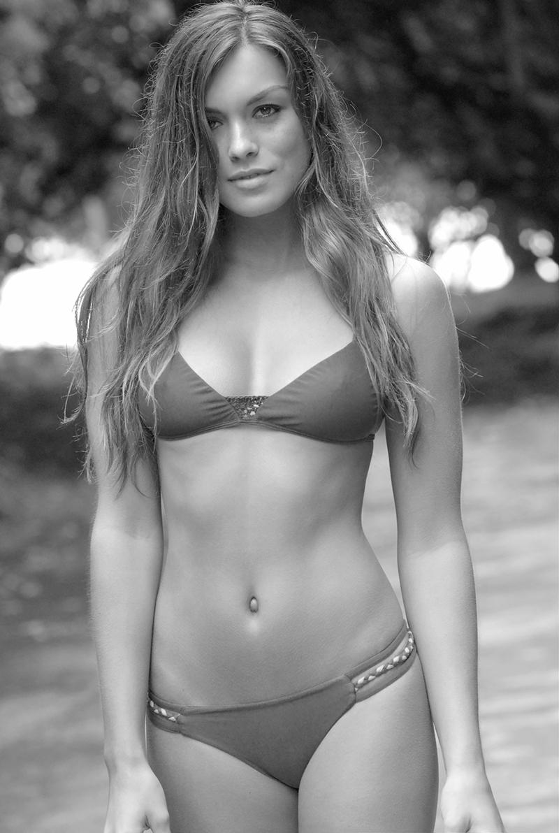 Swimbook_swimsuit_Posh_Pua_Cherokee_Star_Luker_DSC_0153_BW.jpg