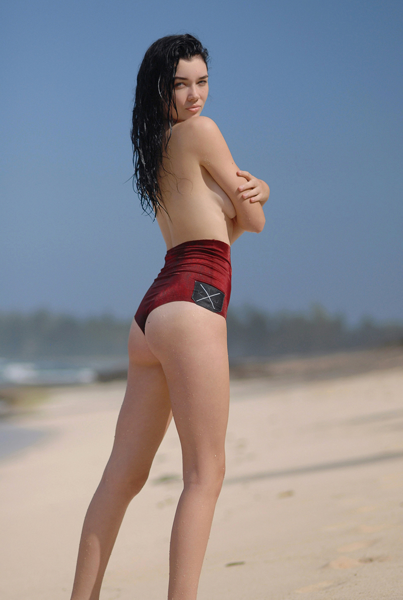 Swimbook_swimsuit_KJKINIS_High_waisted_Sydney_Rochelle_Bodner_DSC_0856.jpg