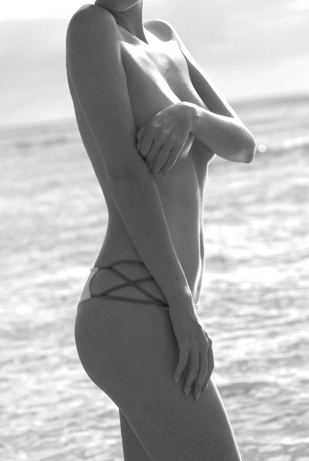 Swimbook_swimsuit_Indah_Hapa_top_and_Sasa_bottom_Morgan_Leigh_DSC_0978BW.jpg