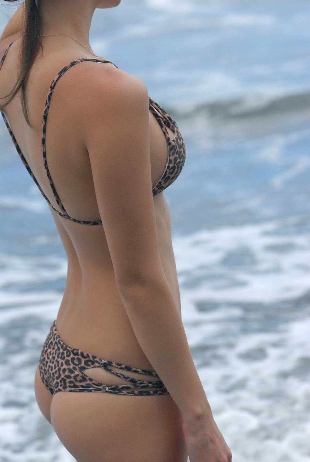 Swimbook_swimsuit_Acacia_Marlie_Hinshaw_DSC_0132.JPG