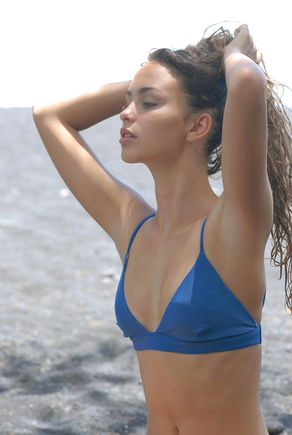 01_Swimbook_Acacia_swimwear_Helena_Brewbaker_DSC_0027.jpg