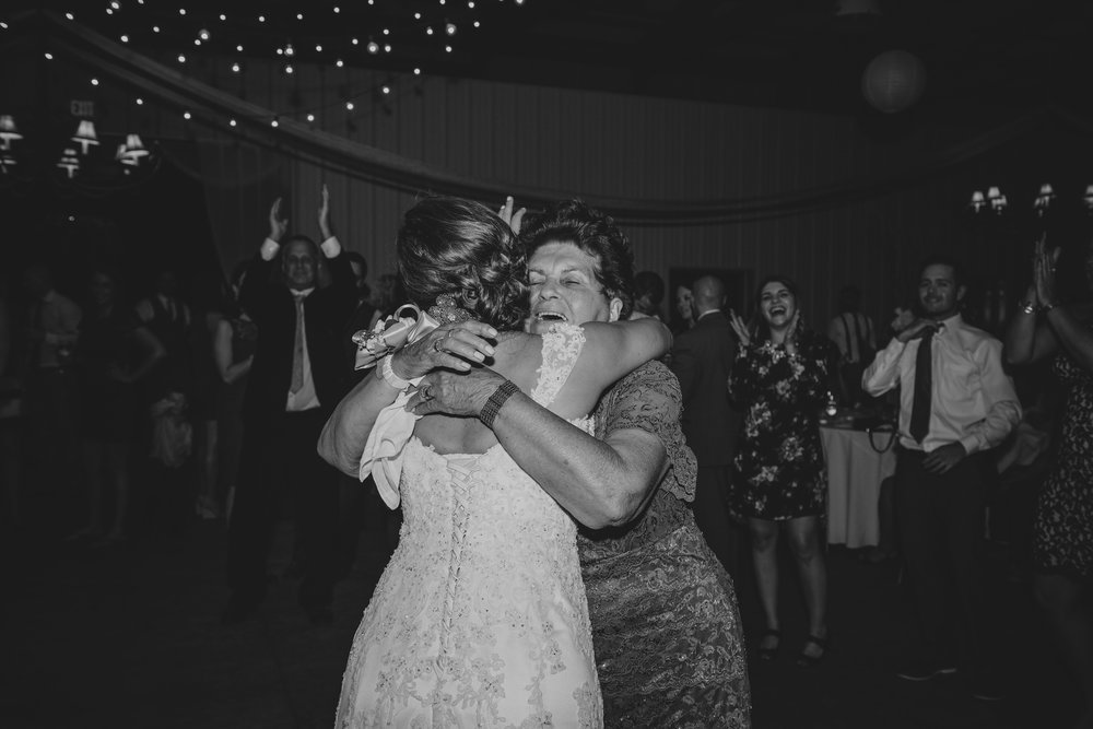 Kristy Lumsden Photography_Pittsburgh Wedding Photographer_092.jpg
