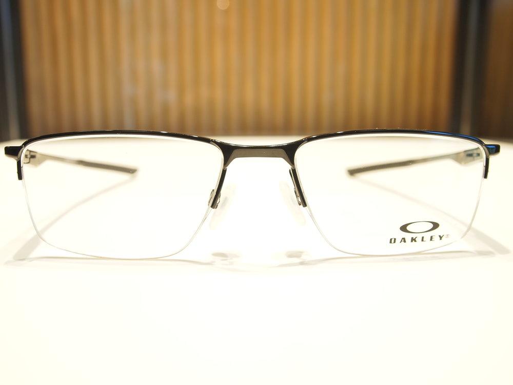 Oakley 4A.JPG