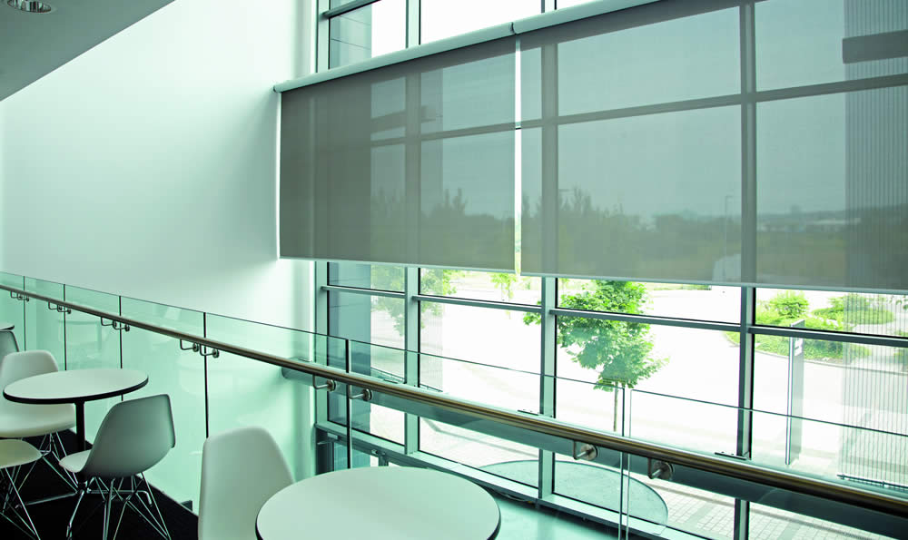 commercial-blinds-screen-rollers-commercialfoyer-TABLET.jpg