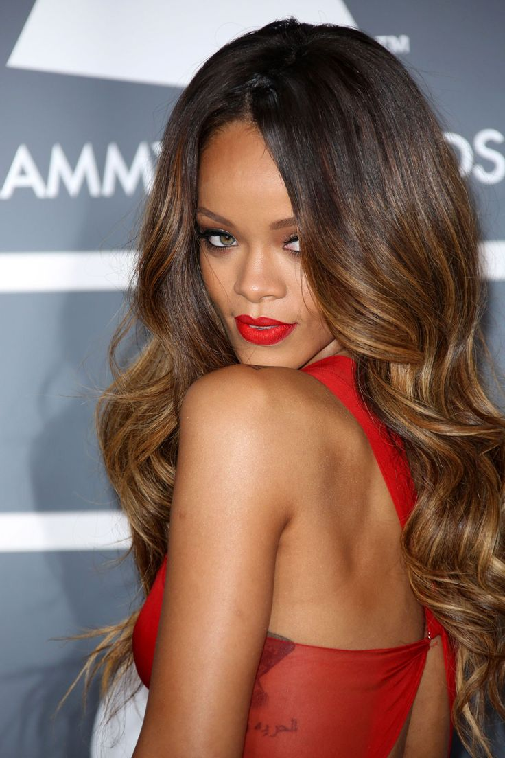 Rihanna Photo: Rex Features