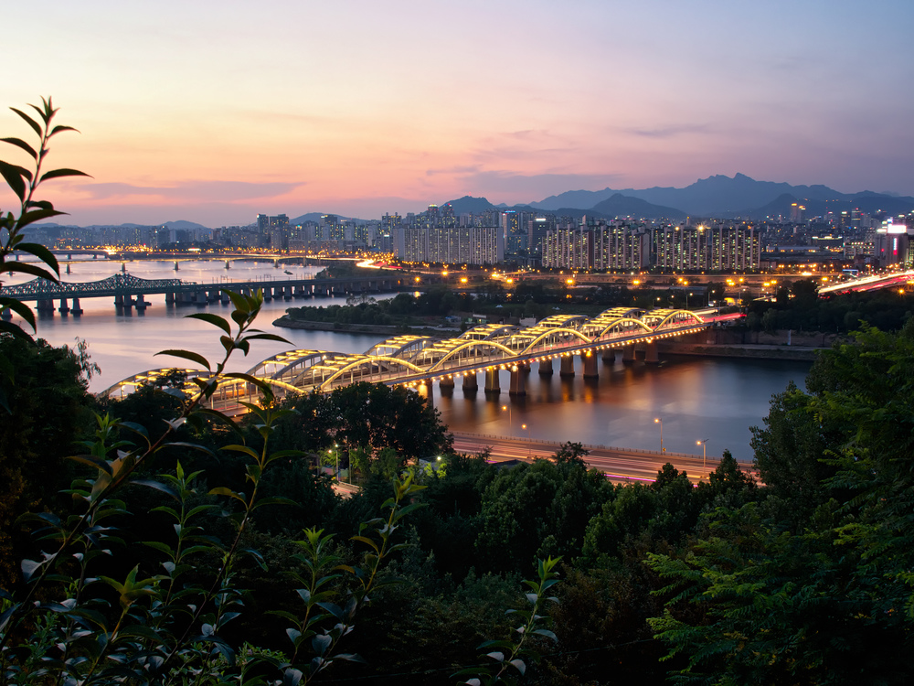 A nice view of the Han river with minimal effort.