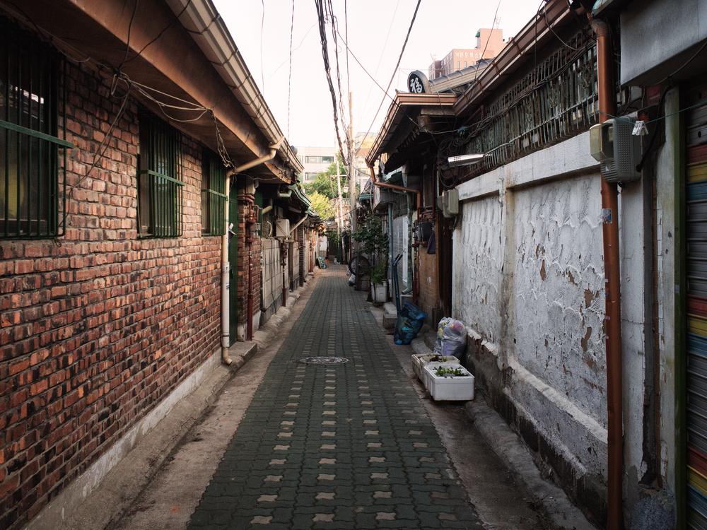 Ikseondong Alley
