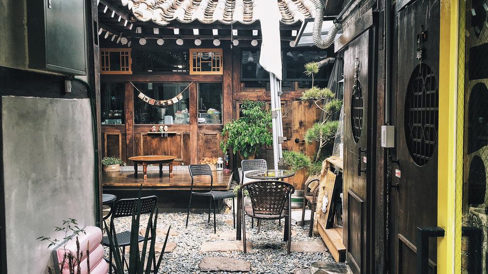 A Hanok Garden