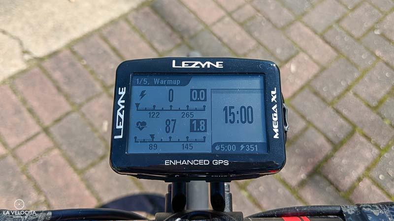 Lezyne Mega XL training screen.jpg