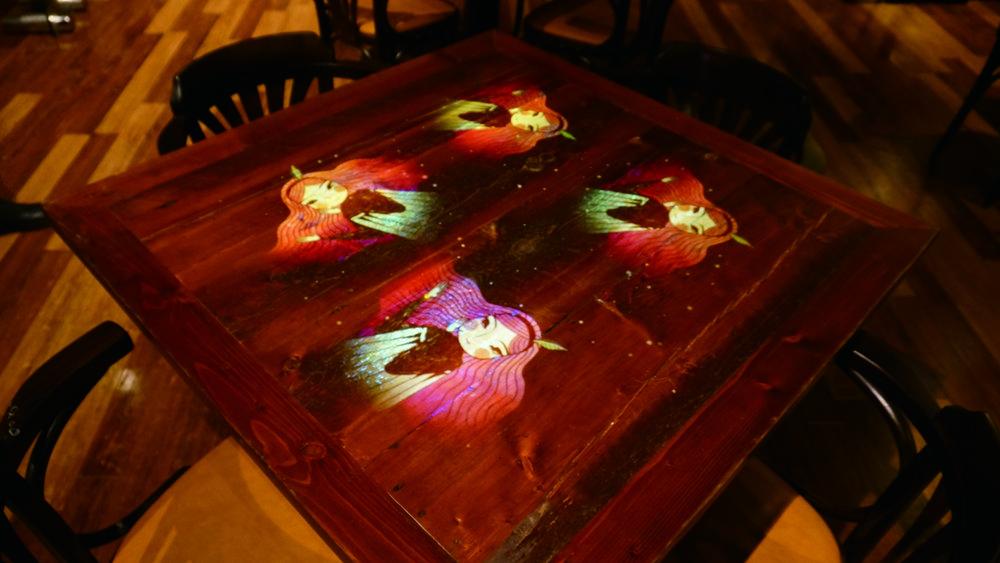 ホール テーブル席